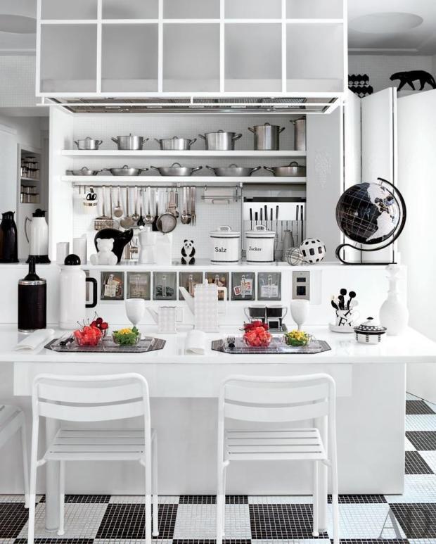 White U-shaped Kitchen Ideas