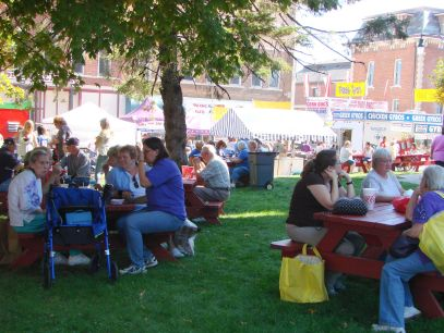 Courthouse Lawn-2011