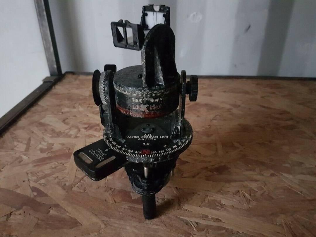 kompas astronomi
