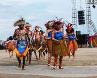 Nama Pakaian Adat Papua Timur
