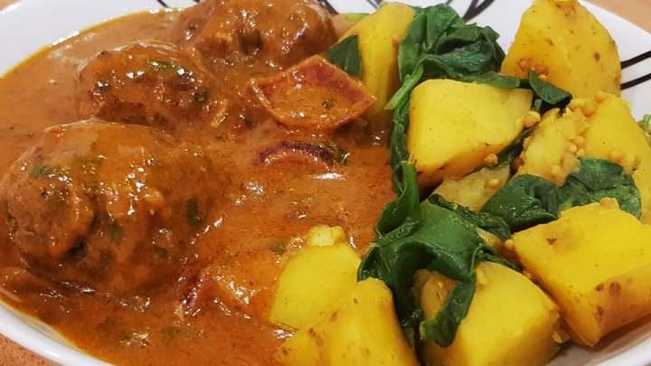 Beef Kofta Curry with Sag Aloo