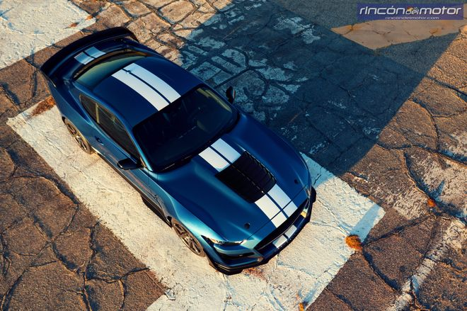 ford_mustang_shelby_gt500_2020-01