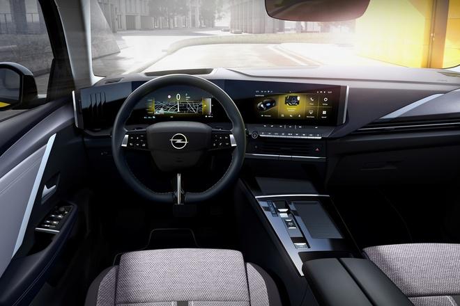 Opel Astra 5p 2022
