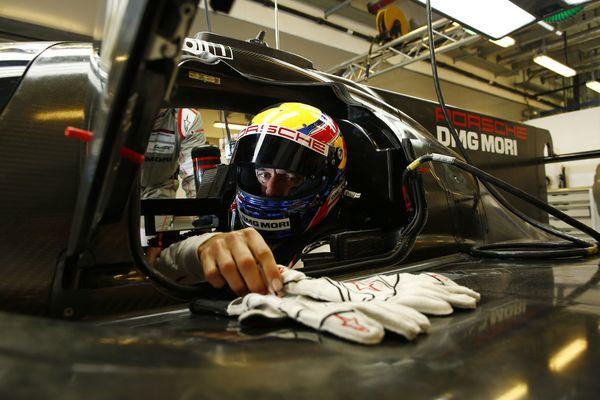 Webber-Porsche_test_Abu-Dhabi_2016-1902-08.jpg 19 febrero, 2016 54 kB 600 × 400 Editar imagen Borrar permanentemente URL https://rincondelmotor.com/wp-content/uploads/2016/02/Webber-Porsche_test_Abu-Dhabi_2016-1902-08.jpg Título