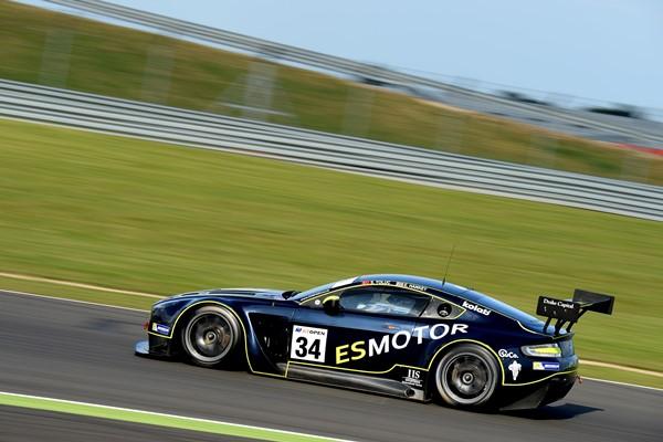 GT Open silverstone TF Sport Aston