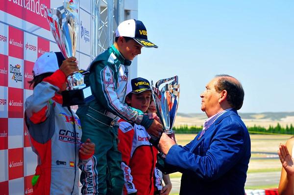 karting podio carlos gracia 1207 zaragoza