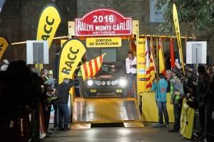 105 coches en la salida del Montecarlo Histórico desde Barcelona