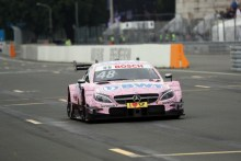 Mercedes-Benz aguanta la presión en Norisring