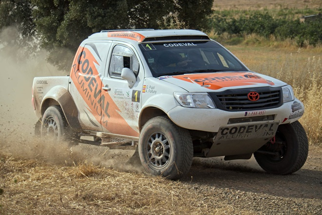 fortuny hilux