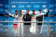 Doblete de Honda en la carrera principal de Argentina
