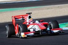 Leclerc da el primer paso al título logrando la pole