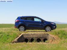 Ford Kuga 1.6 TDCi 180, 2017 - fotos al detalle