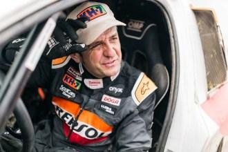 """""""Hemos cumplido nuestro objetivo y ahora ya podemos decir que formamos parte de ese grupo de pilotos que acuden al Dakar a competir"""", Esteve a un puesto del top 20"""
