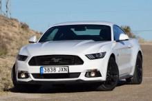 Prueba Ford Mustang Fastback 5.0, genuino sabor americano