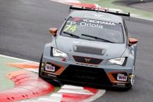Team Oscaro by Campos Racing a seguir en el podio en Hungría