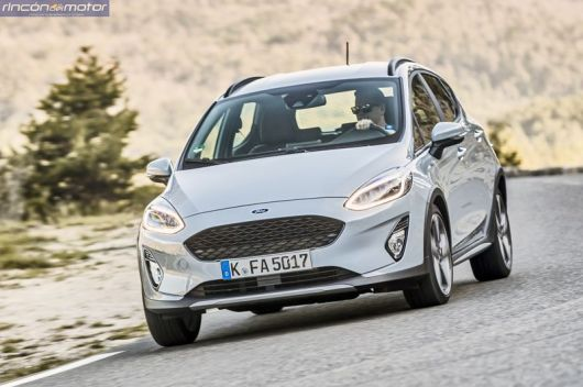 Ford Fiesta Active 2018 set-0705-06