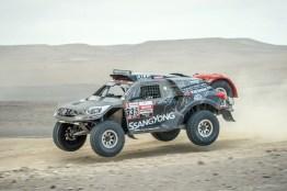 Dakar 19 etapa 9 fuertes ssangyong 1701