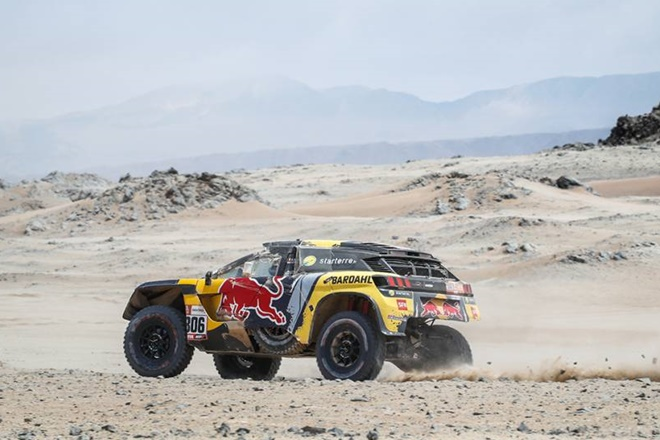 Dakar etapa 8 loeb buggie peugeot 1601