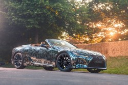 lexus lc descapotable prototipo camuflaje 2019 goodwood-2