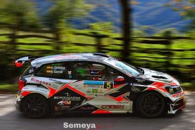 Al berto Ordoñez todo un cabllero al ceder la segunda posición a Mora en el Rallye Montaña Central 2019