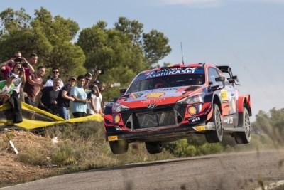 Neuville repite en España y Sordo vuelve al podio