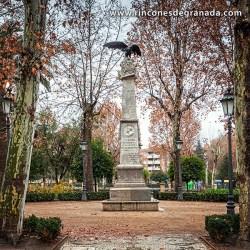 MONUMENTO AL DUQUE DE SAN PEDRO DE GALATINO Se encuentra en los jardines del Paseo dela Bomba