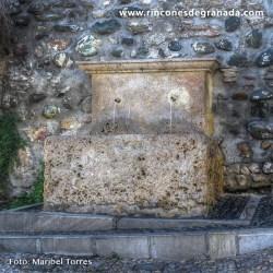 PILAR DE SAN GREGORIO De estilo Renacentista se encuentra en Cuesta de San Gregorio