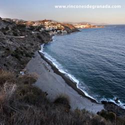 PLAYA DEL MUERTO  No solo hay playa, sol, y libertad, sino también mucha historia