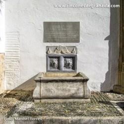 COMPÁS Y PILAR DEL CONVENTO DE LA CONCEPCIÓN Cuenta con una placa en honor al compositor Valentín Ruiz-Aznar.