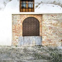 ALJIBE DE LA CRUZ DE PIEDRA Se construyó durante el siglo XIV en época nazarí.