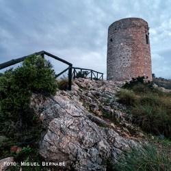 TORRE DE CERRO GORDO Construida sobre los cimientos de una atalaya nazarí del siglo XIV