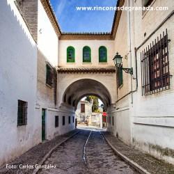 CALLE SAN JUAN DE LOS REYES una de las calles más emblemáticas del barrio del Albaicín