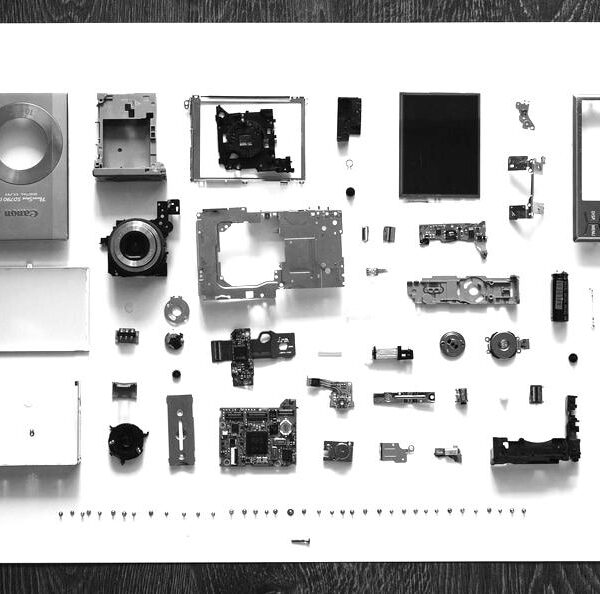 camera-technology-display-items-large-blackwhite