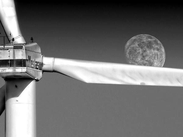 pinwheel-wind-power-enerie-environmental-technology-large-blackwhite