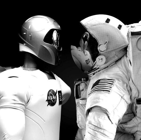 robonaut-machines-dexterous-humanoid-39644-large-blackwhite