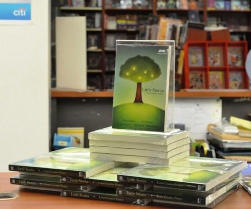 Display Little Stories di dekat meja kasir
