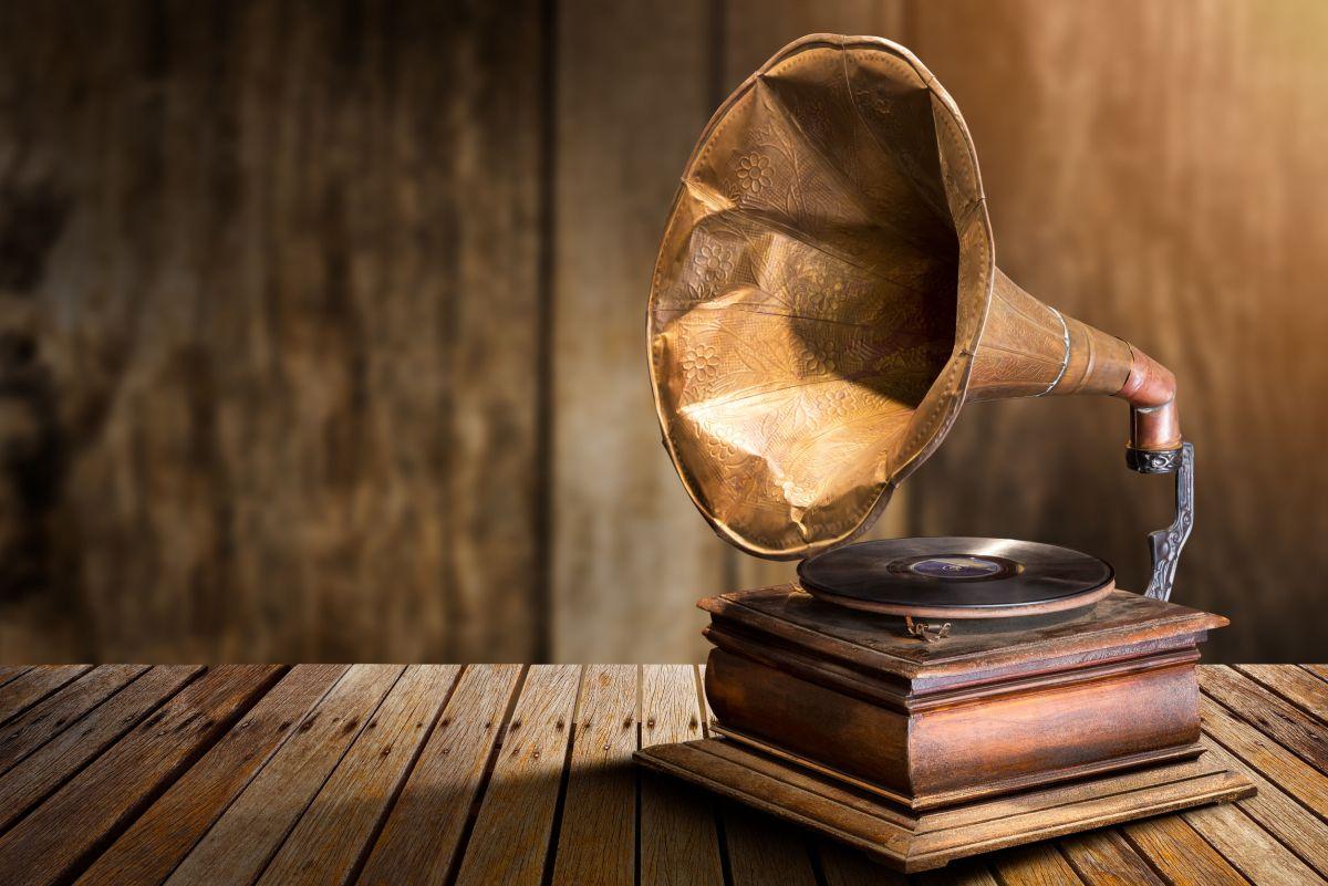 Antique vinyl record player