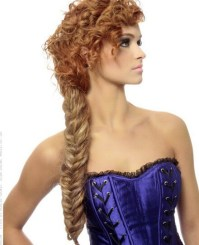 32 Charming Hairstyles For Thick Curly Hair