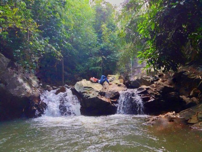 gambar tempat wisata di pringsewu air terjun pagasan
