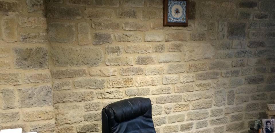 Perch dovrei rivestire una parete con le vostre soluzioni  rinnovare con la pietra