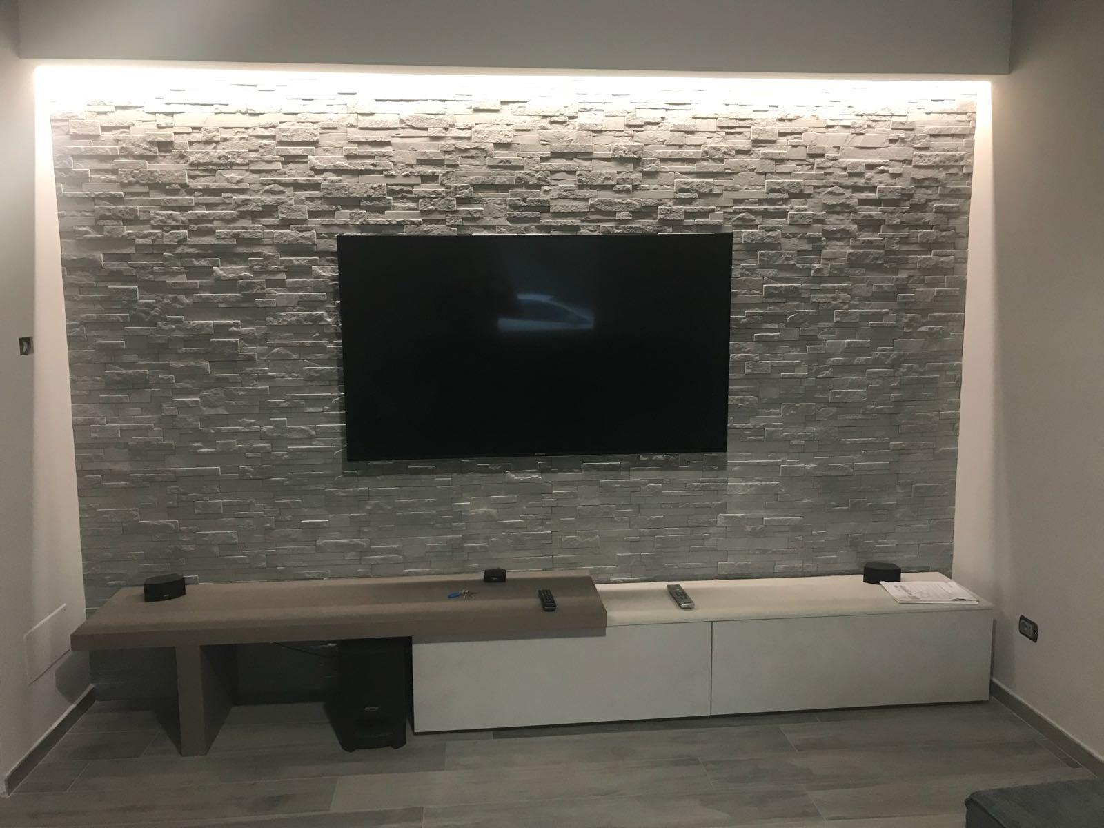 Ecco 15 bellissime idee di rivestimenti in pietra per le pareti del soggiorno. Rivestire Una Parete In Soggiorno Dietro La Tv Rinnovare Con La Pietra