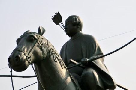 政治争いの中で「和」を貴んだ「聖徳太子(厩戸皇子)」の人生をわかりやすく解説