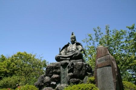 「封建制度」って何?武士がつくりあげた封建制度・鎌倉幕府についてわかりやすく解説