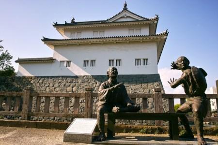 十返舎一九(じっぺんしゃいっく)とは何者?『東海道中膝栗毛』で大人気のこの人物をわかりやすく解説