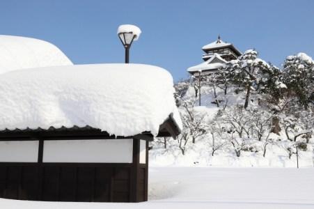 最も古い建築様式を持つ「丸岡城」歴史・見どころを歴史系ライターが解説!