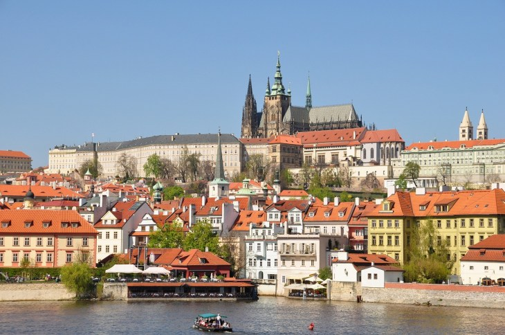 チェコスロヴァキアに起きた「プラハの春」と「チェコ事件」の背景・経緯・その後についてわかりやすく解説 - Rinto~凛と~
