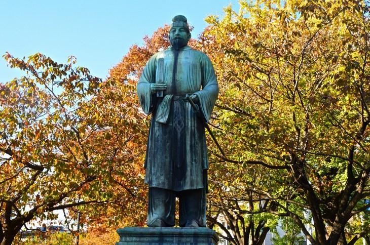 仏教を厚く信仰した奈良時代の天皇「聖武天皇」を元予備校講師がわかりやすく解説 - Rinto~凛と~