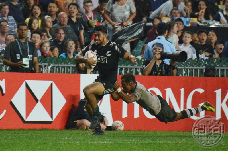 rugby7s_hk_cup_final_fiji_newzealand_20160410-19
