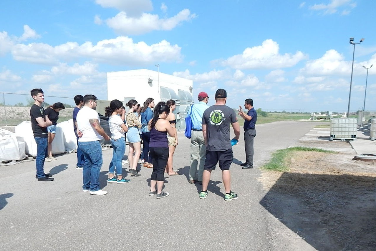 Garza Utrgv Students Enhance Studies With Field Trips To Geological