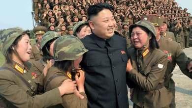 """Photo of El infame """"escuadrón del placer"""" de Corea del Norte: colegialas vírgenes seleccionadas para complacer a Kim Jong-un"""